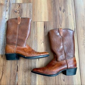 ACME Cowboy Brown Boots With A Heel Two Toned